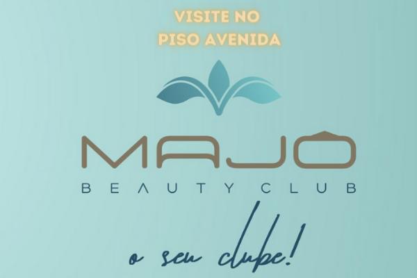 Banner Majo